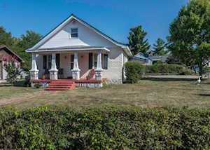 317 E Oak Street Nicholasville, KY 40356