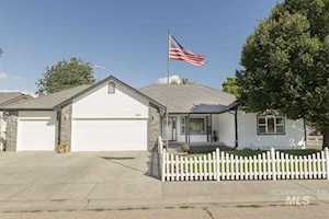 1760 Bishop Court Mountain Home, ID 83647