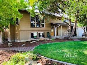257 NW 16th Street Ontario, OR 97914