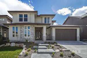 5734 E Clear Ridge St. Boise, ID 83716