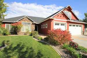 1040 S Whitewater Dr. Nampa, ID 83686