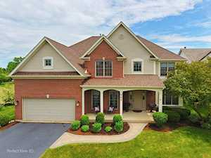 859 Tipperary St Gilberts, IL 60136