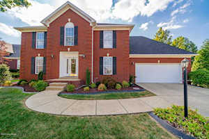 4302 Stone Lakes Dr Louisville, KY 40299