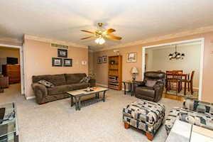 101 East Ridge Drive Nicholasville, KY 40356