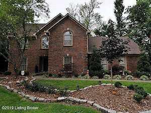 407 Lyndonwoods Cir Louisville, KY 40222