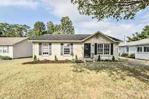 3805 Winding Brook Lexington, KY 40503