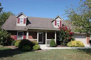 213 Oakmont Drive Nicholasville, KY 40356