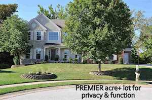 8718 Signal Pointe Ct Florence, KY 41042