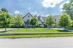 8185 Clearwater Pointe Indianapolis, IN 46240