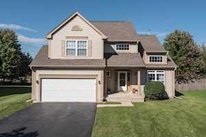 18344 W Springwood Ln Grayslake, IL 60030