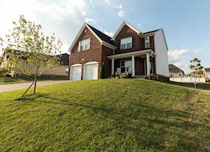 18215 Hickory Woods Pl Fisherville, KY 40023
