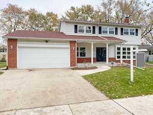 1115 N Crabtree Ln Mount Prospect, IL 60056