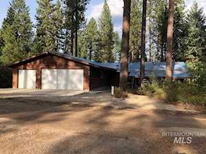212 Holiday Dr Garden Valley, ID 83622
