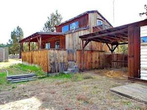 21150 Gift Road Bend, OR 97703