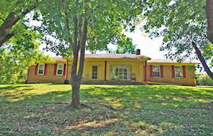 178 Hickory Ridge Rd Waddy, KY 40076
