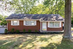 321 Carolina Avenue Winchester, KY 40391
