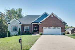 402 Enclave Pl Louisville, KY 40245