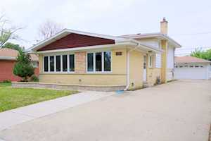1506 Oakton St Park Ridge, IL 60068