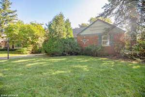 315 N Prospect Manor Ave Mount Prospect, IL 60056