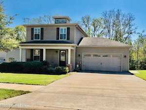 2017 Two Springs Dr Shelbyville, KY 40065