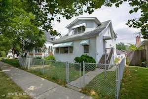 139 Washington Ave La Grange, IL 60525
