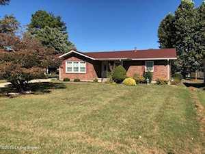 362 Riverview Ln Shepherdsville, KY 40165