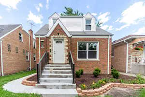 5049 N Melvina Ave Chicago, IL 60630