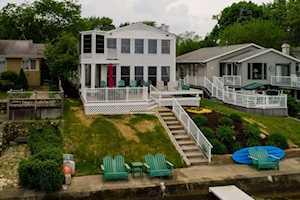 11064 N Ideal Beach Drive Syracuse, IN 46567