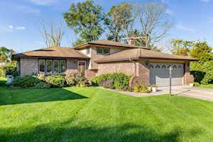 119 Poston Rd Willow Springs, IL 60480
