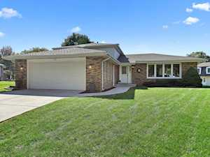 1425 Concord Place Downers Grove, IL 60516