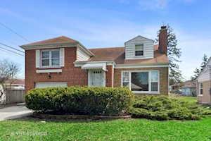 1215 S Clifton Ave Park Ridge, IL 60068
