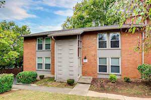 2501 Lindsay Ave #4 Louisville, KY 40206