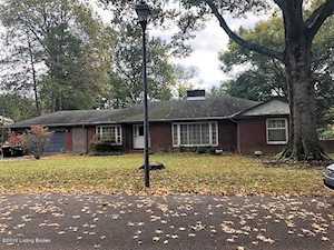 527 Ridgewood Rd Louisville, KY 40207
