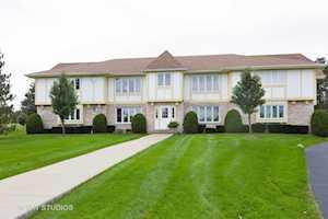18 Saint Moritz Dr #102 Palos Park, IL 60464
