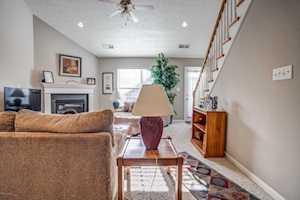 6803 Wynde Manor Dr #42 Louisville, KY 40228