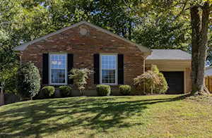 7909 Mary Sue Dr Louisville, KY 40291