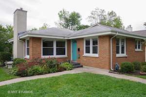316 E Sunnyside Ave Libertyville, IL 60048