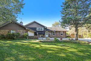 2705 Hobson Rd Downers Grove, IL 60516