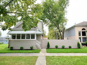 131 Sawyer Ave La Grange, IL 60525