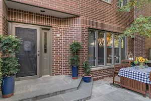 1715 N Wells St #17 Chicago, IL 60614