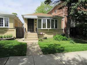 5256 W Carmen Ave Chicago, IL 60630