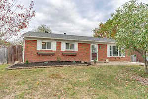 282 Summers Dr Louisville, KY 40229