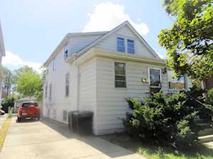 4857 W Addison St Chicago, IL 60641