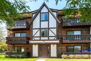 1001 Centurion Ln #9 Vernon Hills, IL 60061