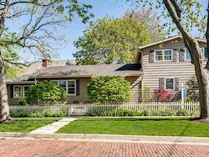4837 Middaugh Ave Downers Grove, IL 60515