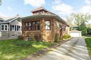 611 S Saylor Ave Elmhurst, IL 60126