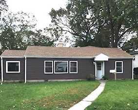 233 Grove St Mundelein, IL 60060