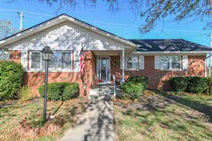 216 W Clark Drive Winchester, KY 40391