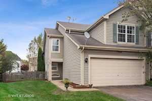 1364 Newport St Mundelein, IL 60060