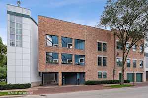 900 Grove St #6 Evanston, IL 60201